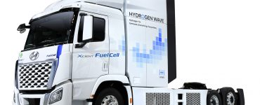 TNI Xcient Fuel Cell Tractor
